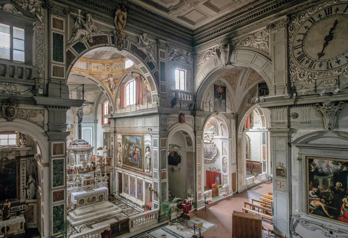 Interno della chiesa di Ognissanti